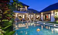 3 Bedrooms Villa Songket in Seminyak